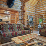 Rental Cabin 18 Living