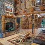 Rental Cabin 18 Main Level Living